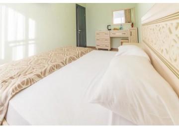 Люкс 2-местный 2-комнатный   Вилла Олива-Арт  Крым Алушта